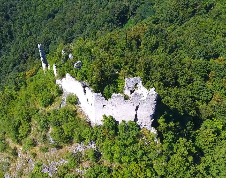 Belecgrad ruševine snimane dronom